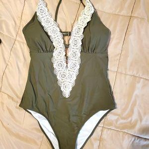 Cupshe one piece swim suit
